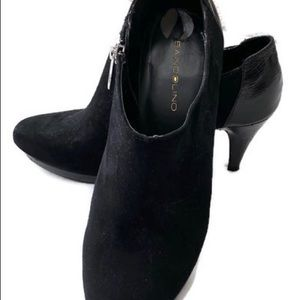 Bandolino side zip, high heeled suede ankle boot